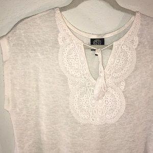Bobeau white boho crochet detail tunic top